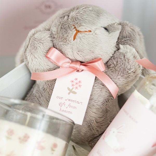 Chic Blooming Bunny